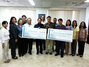 Tan Holdings, CTSI Logistics Employees and the TSL Foundation reach out to Super Typhoon Haiyan Survivors